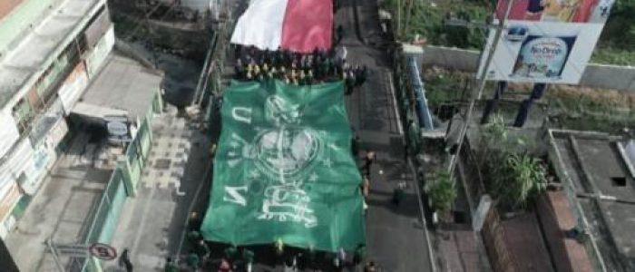 Peringati HSN, 40 Ribu Santri Sidoarjo Ikuti Parade Budaya dan Kirab Merah Putih